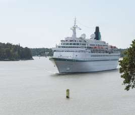 Cruise ship Albatros arriving to Port of Turku